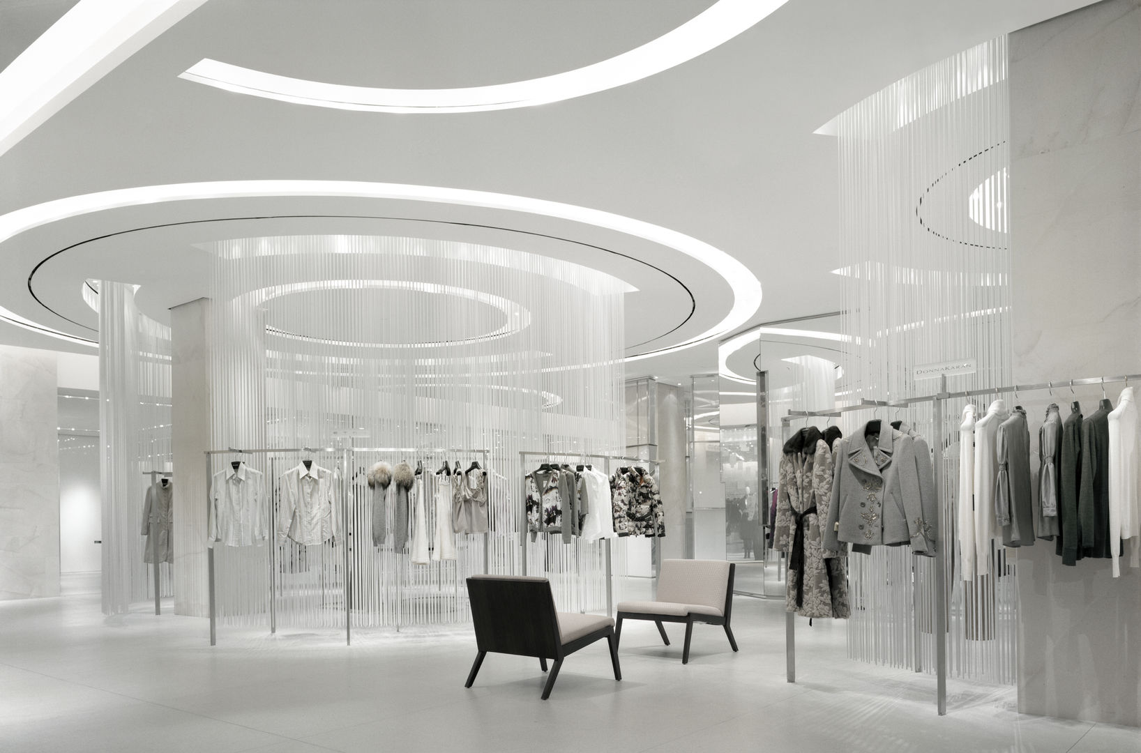 Holt-Renfrew_Designer-Floor_947