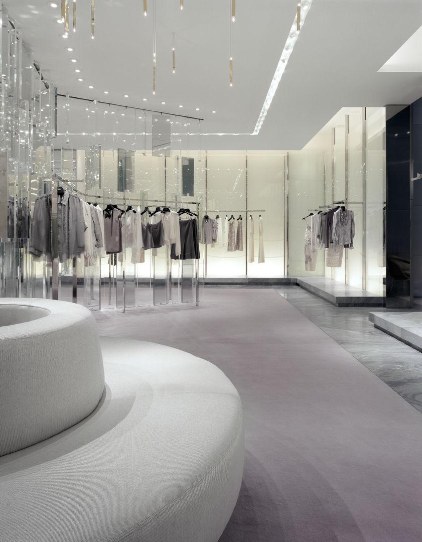 Holt-Renfrew_Designer-Floor_943