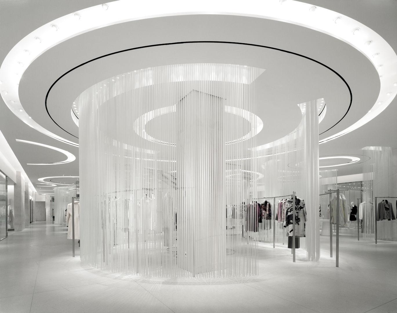Holt-Renfrew_Designer-Floor_946