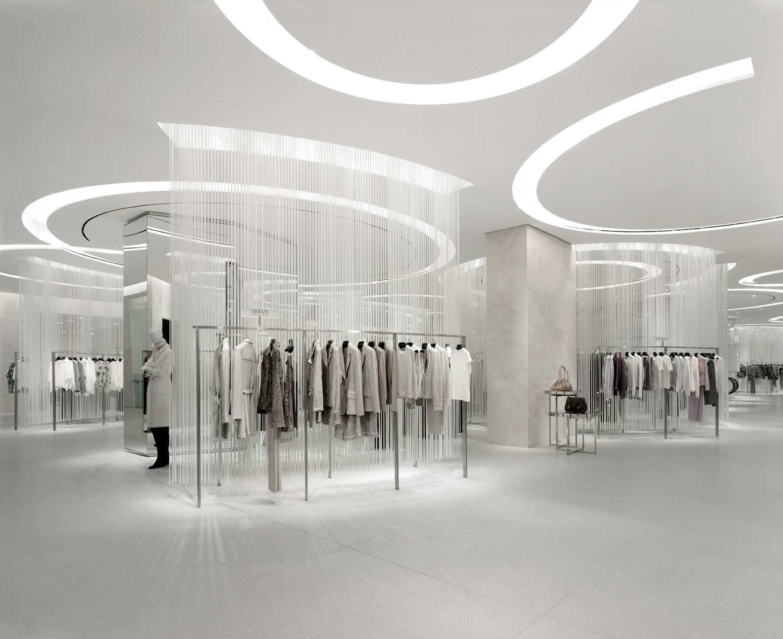 Holt-Renfrew_Designer-Floor_949