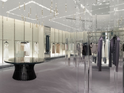 Holt-Renfrew_Designer-Floor_942